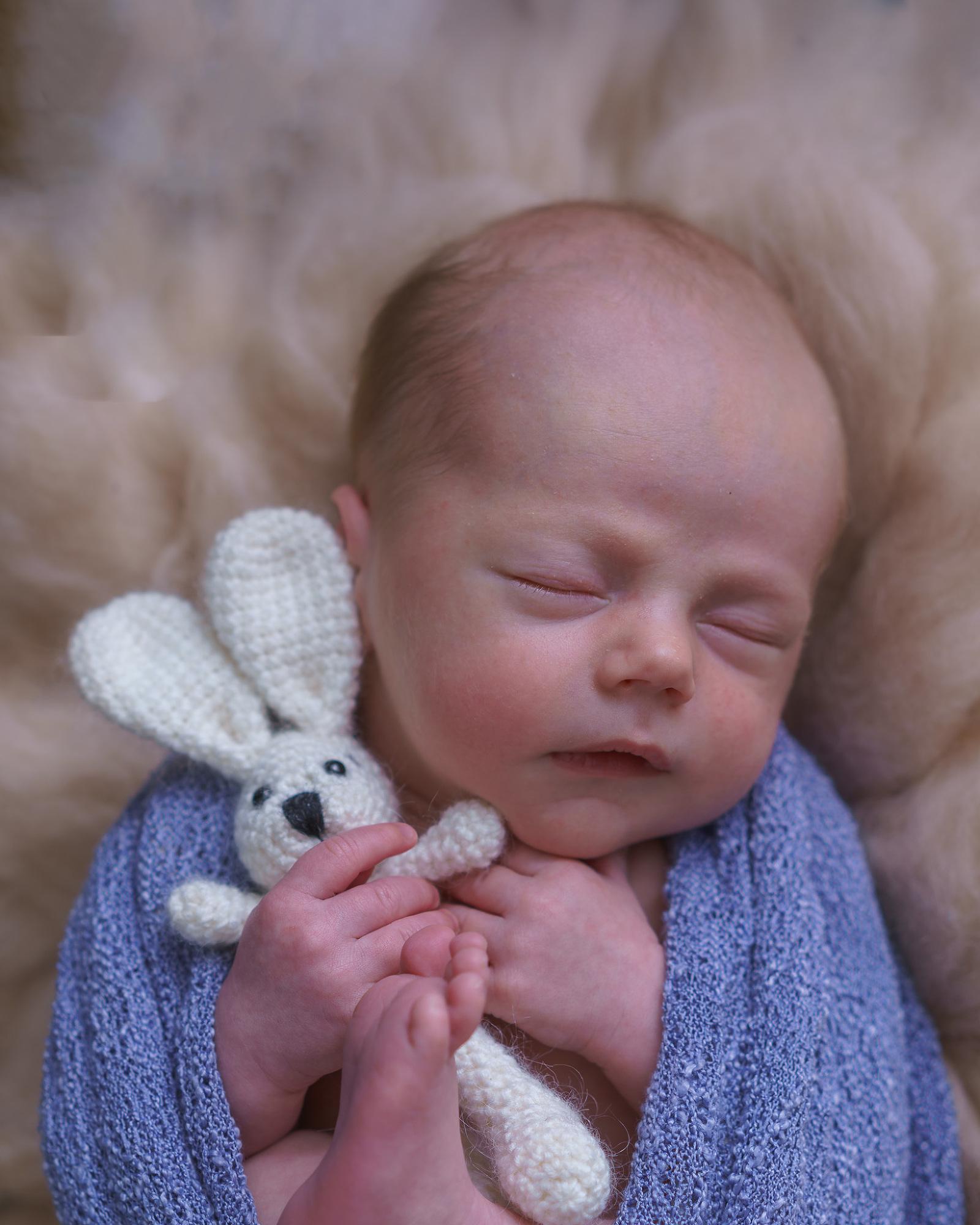 Nyföddfotografering hemma